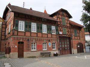 Feuerwehrhaus Höfigheim